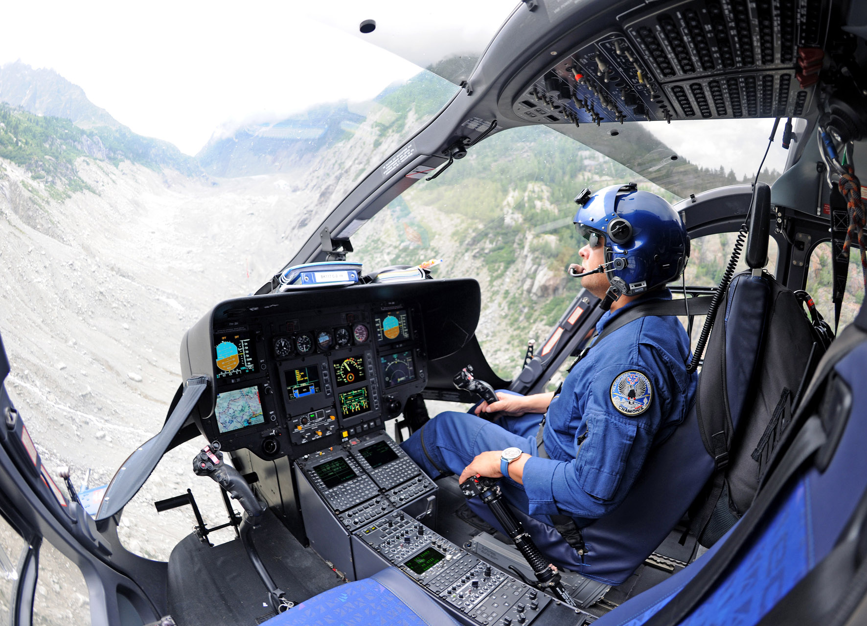 cost of helicopter with H145 32 on Petropavlovsk Kamchatsky Birds Eye View as well Western Pacific Airlines furthermore The Robinson R22 besides Ch53k The Us Marines Hlr Helicopter Program Updated 01724 moreover Citation Hemisphere.